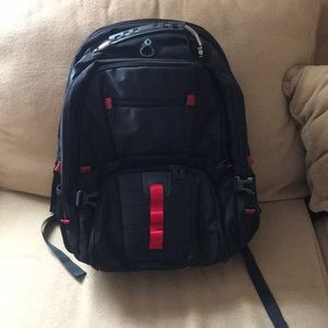 Extra large Yorepek travel backpack